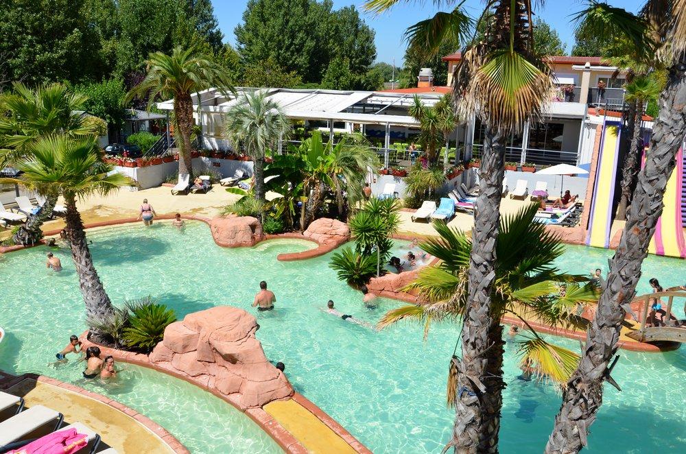 Photos et videos du camping cap 39 a l 39 oasis palavasienne for Piscine montpellier