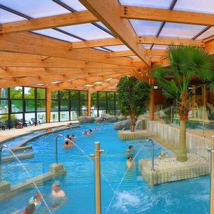 Capa cap 39 a campings c te atlantique et m diterran e for Centre de vacances avec piscine couverte